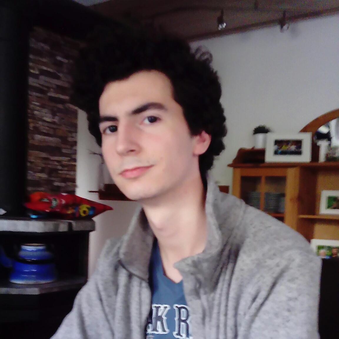 "Daniel ""Gintrax"" Diehl"